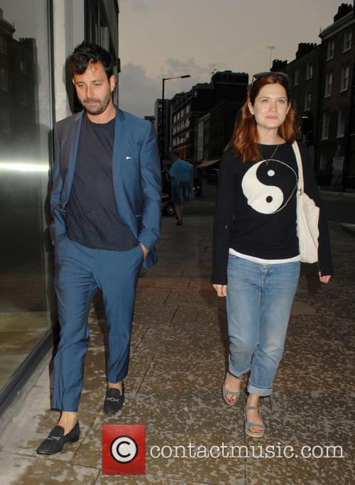 Bonnie Wright and Simon Hammerstein 4