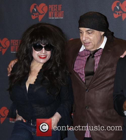 Ronnie Spector and Steven Van Zandt 2