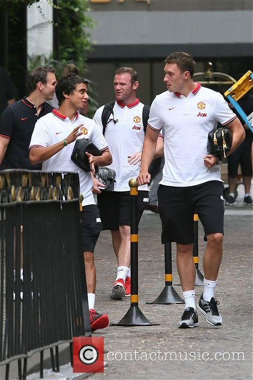 Wayne Rooney, Rafael and Phil Jones 6
