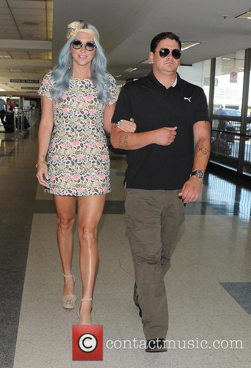 Kesha and Ke$ha 7