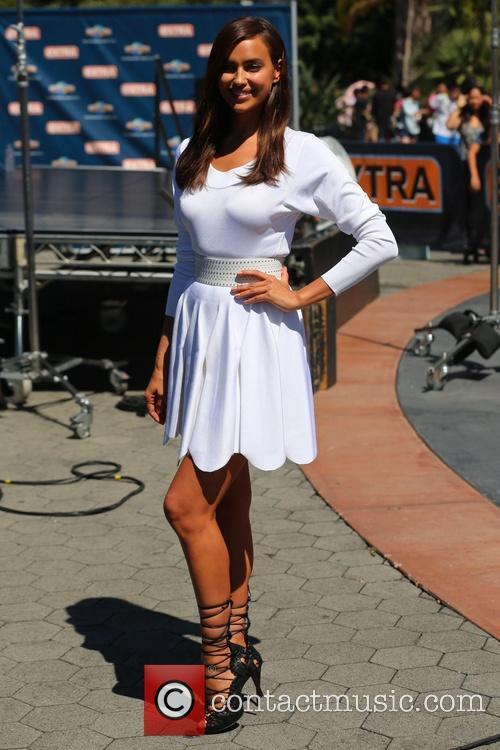 Irina Shayk appears on Extra