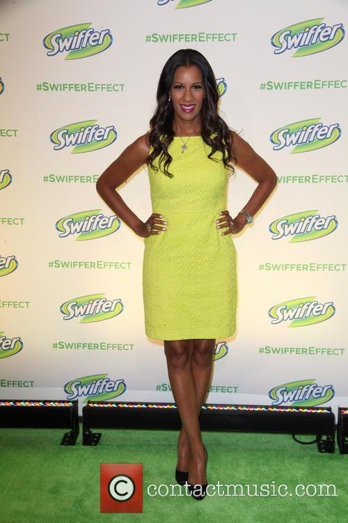 Swiffer's Spotlight Cleaning Conversations - Arrivals