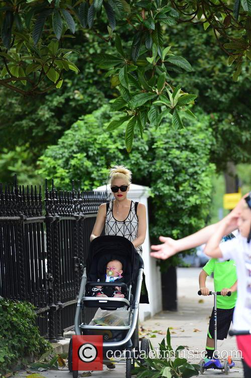 Gwen Stefani, Gavin Rossdale, Kingston Rossdale, Zuma Rossdale and Apollo Rossdale 32