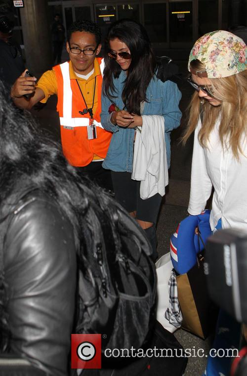 Selena Gomez and Cara Delevingne 8
