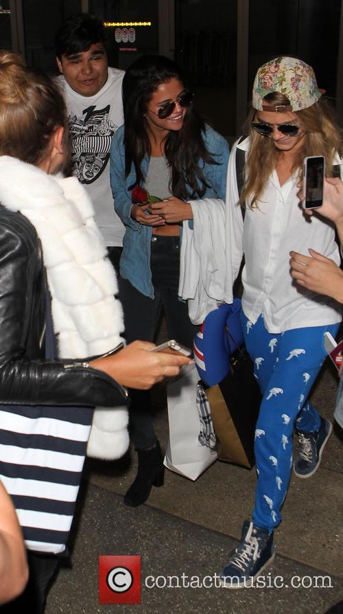 Selena Gomez and Cara Delevingne 9