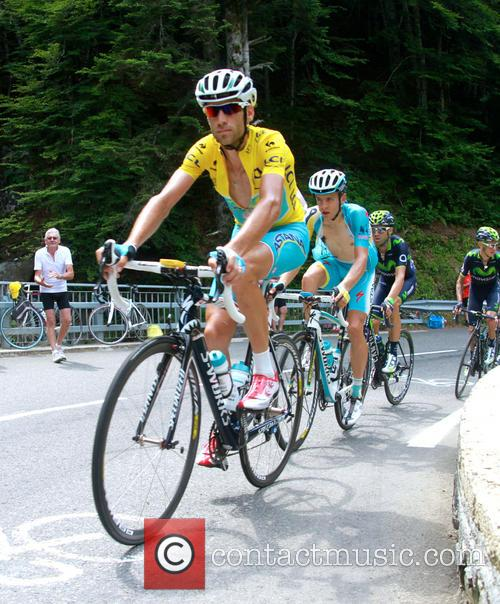 Vincenzo Nibali Wins Stage 18