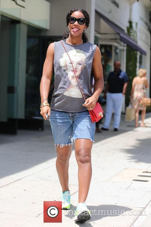 Kelly Rowland visits Cecconi's and shops at M.A.C...