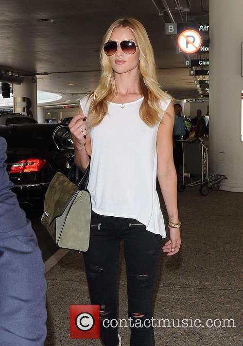 Rosie Huntington-Whiteley arrives at Los Angeles International Airport