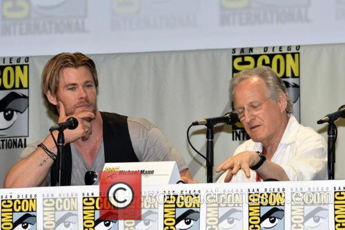 Chris Hemsworth and Michael Mann 3