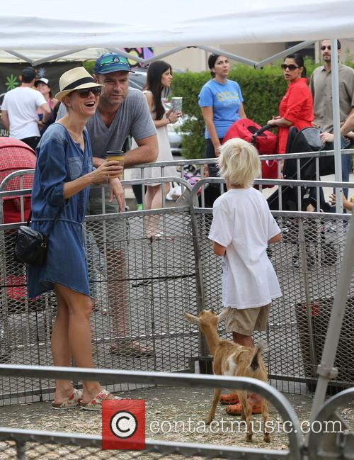 Liev Schreiber, Naomi Watts and Alexander Schreiber 3