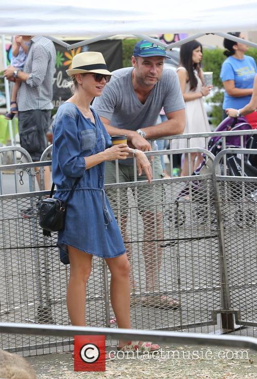 Liev Schreiber and Naomi Watts 9