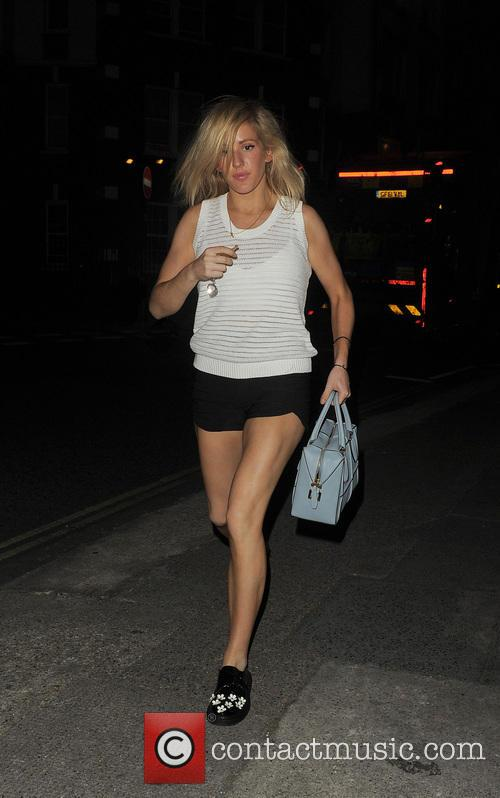 ellie goulding ellie goulding returning home after 4306538
