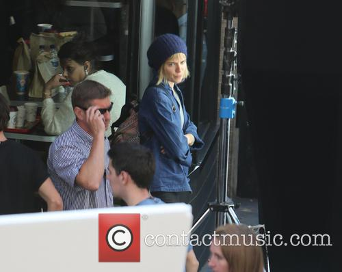 Sienna Miller and Bradley Cooper 10