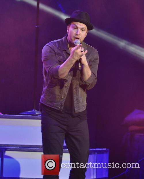 Gavin DeGraw performing live in concert
