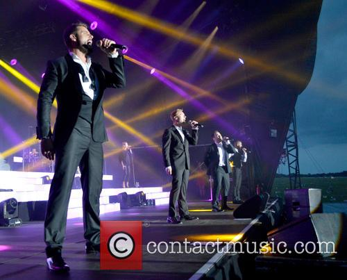 Ronan Keating, Keith Duffy, Mikey Graham, Shane Lynch and Boyzone 7