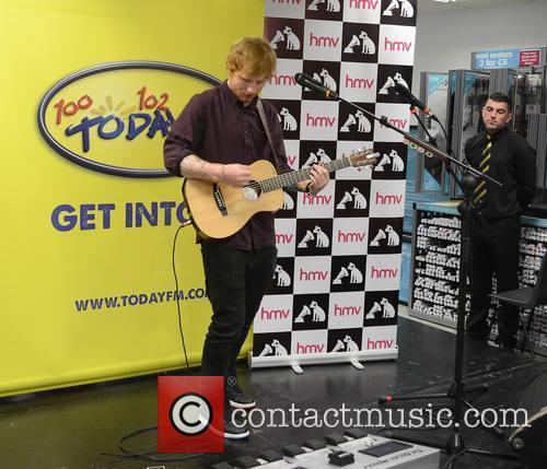 ed sheeran ed sheeran performs at hmv 4308112