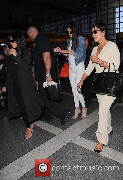 Kim Kardashian, Kris Jenner and Kendall Jenner 5