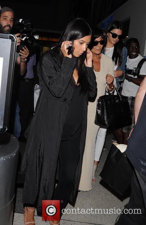 Kim Kardashian, Kris Jenner and Kendall Jenner 8