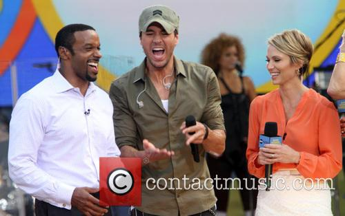 Enrique Iglesias and Amy Robach 4