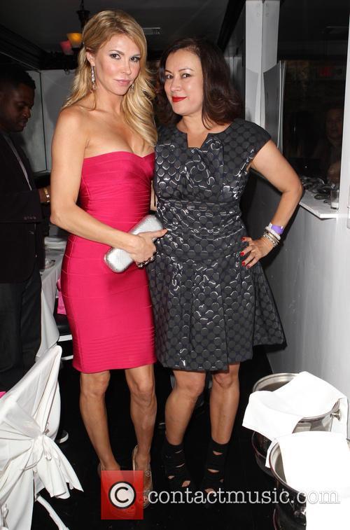 Brandi Glanville and Jennifer Tilly 4