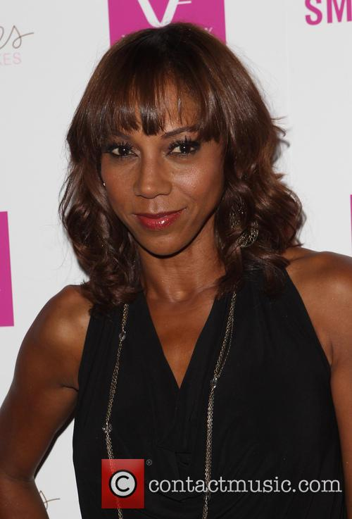 Holly Robinson Peete 8