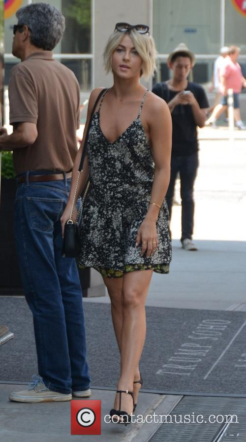 Julianne Hough departs her NYC hotel