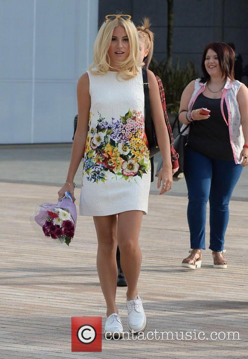 pixie lott celebrities leave the bbc breakfast 4313489