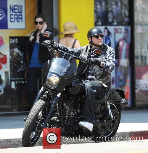Charlie Hunnam 34