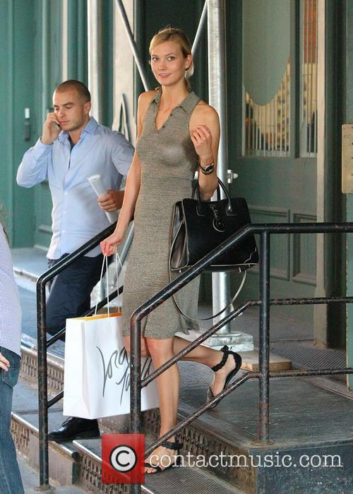 Karlie Kloss leaving Taylor Swift's apartment