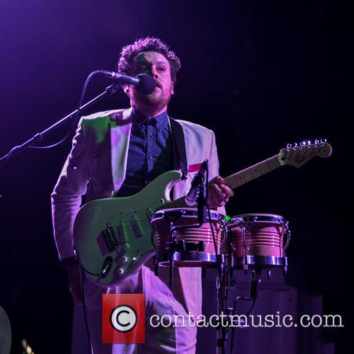 Joseph Mount and Metronomy 9
