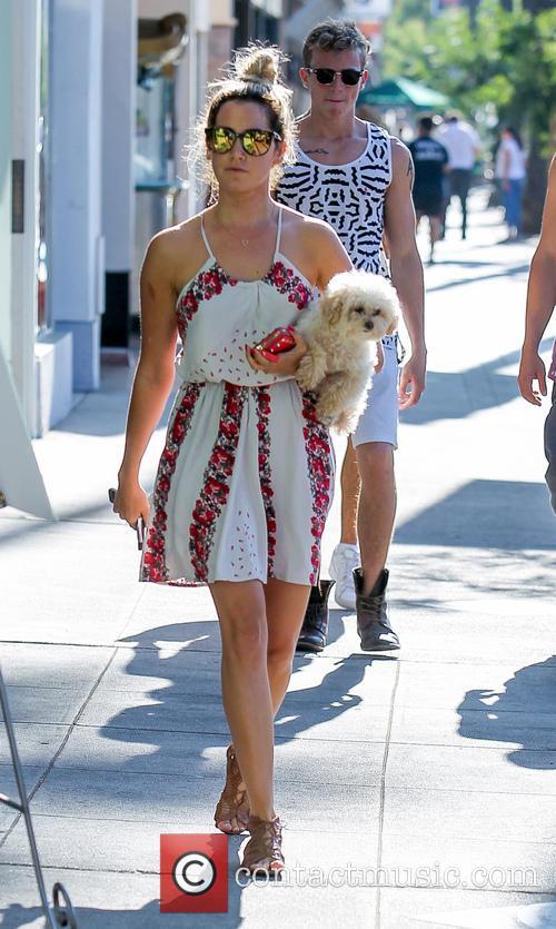 Ashley Tisdale and Maui 14