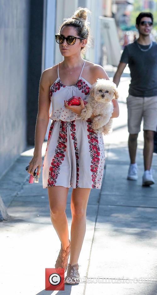 Ashley Tisdale and Maui 19