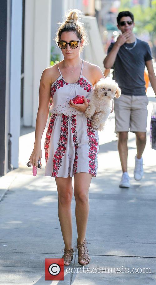 Ashley Tisdale and Maui 24