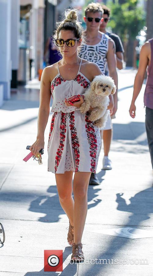 Ashley Tisdale and Maui 25