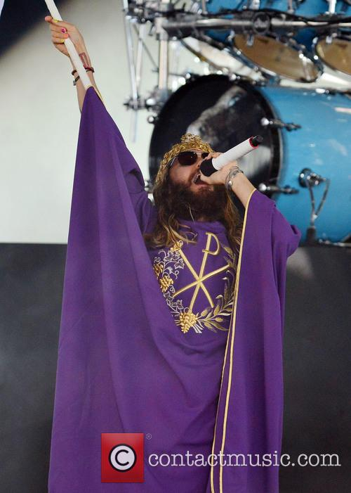 Thirty Seconds to Mars perform live
