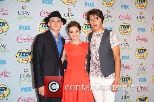 Charlie Rowe, Ciara Bravo and Nolan A. Sotillo 5