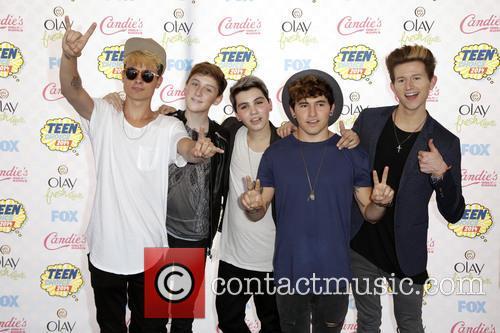 Teen Choice Awards and Our2ndlife