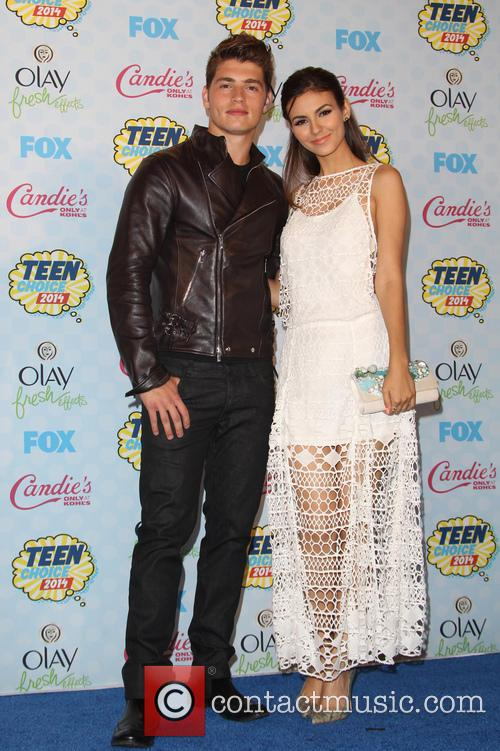 Victoria Justice, Gregg Sulkin, Shrine Auditorium & Expo Hall