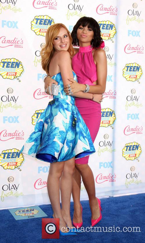 Bella Thorne and Zendaya Coleman 4