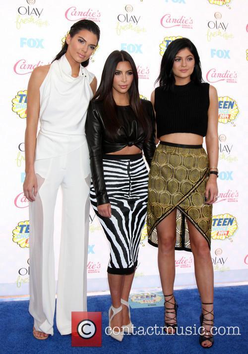 Kendall Jenner, Kim Kardashian and Kylie Jenner 1