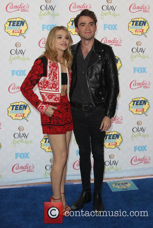 Chloe Moretz and Jamie Blackley 2