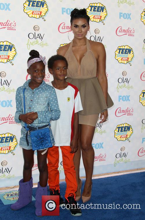 Laura Govan and Kids 2
