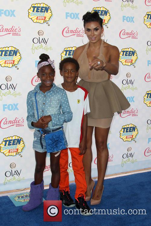 Laura Govan and Kids 1