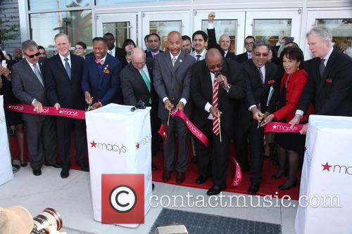Macy's Bay Plaza store opening