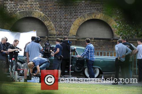 Tom Hardy films scenes for the Kray twins...