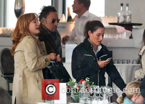 Bruce Springsteen, Patti Scialfa and Jessica Springsteen 8