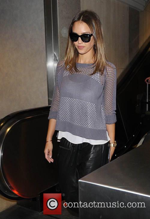 Jessica Alba arriving at Los Angeles International Airport (LAX)