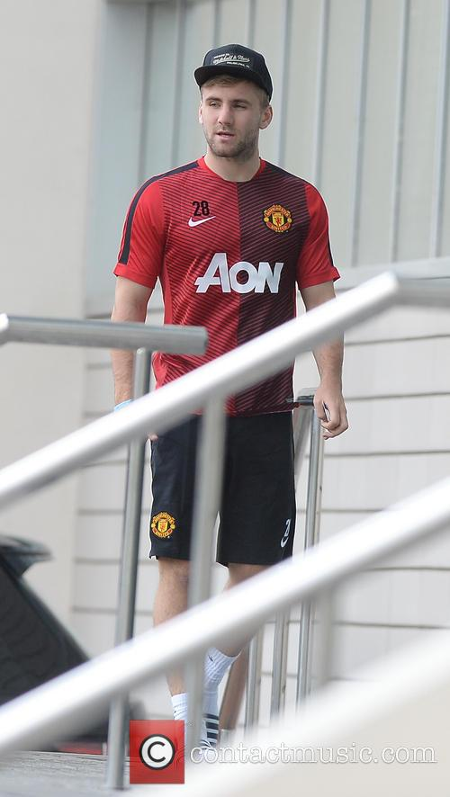 Luke Shaw arriving at his hotel