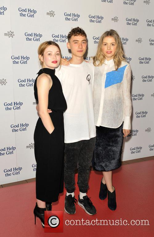 Emily Browning, Olly Alexander and Hannah Murray 7