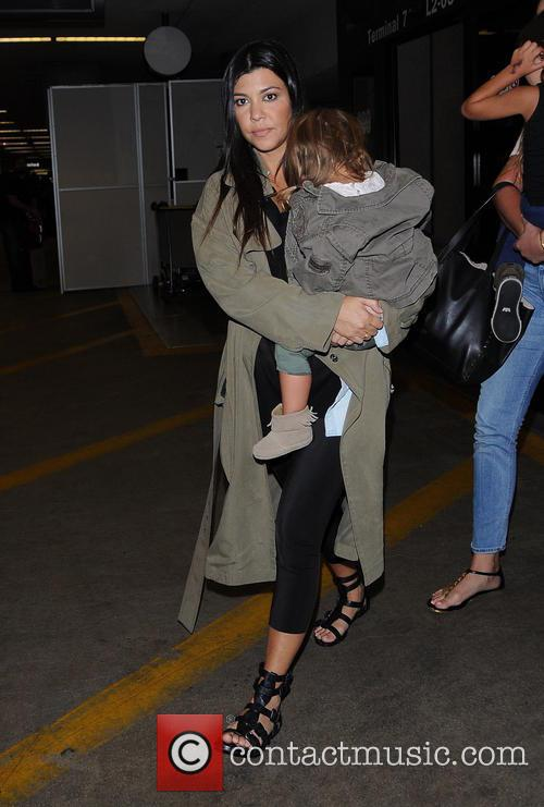 Kourtney Kardashian and Penelope Disick 1